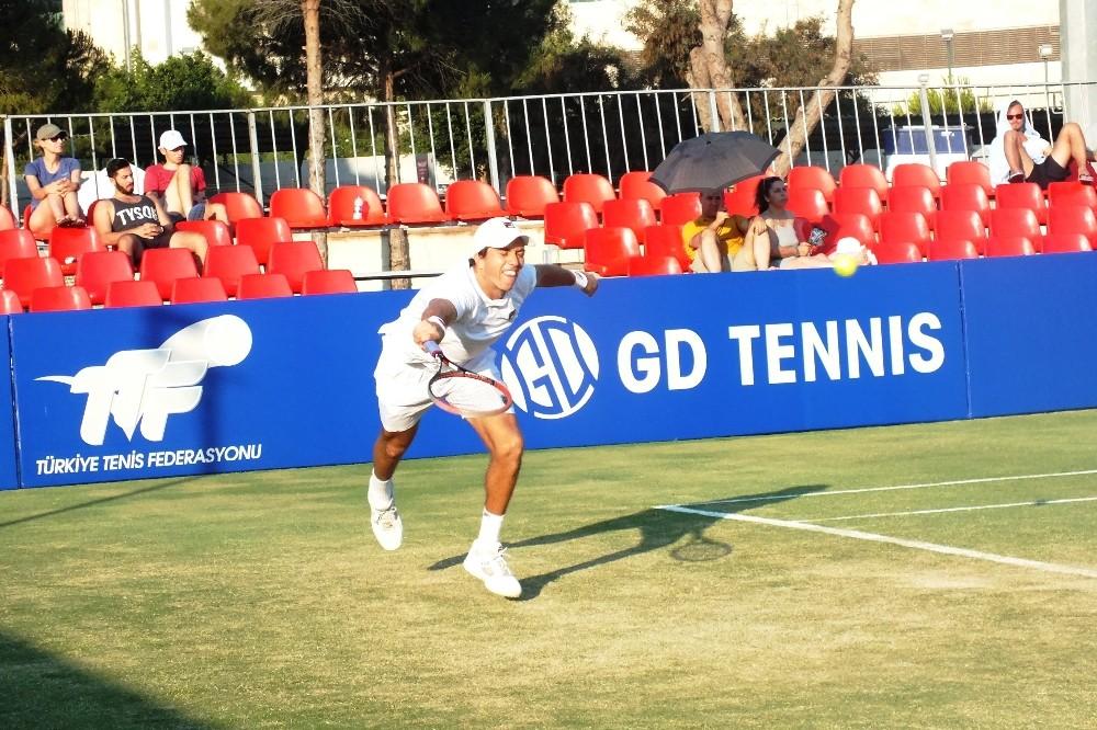 Marsel İlhan, Antalya Open'da ikinci turda