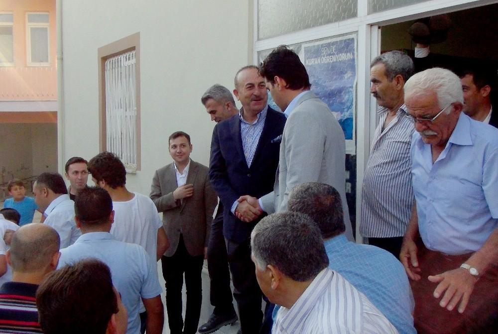 Çavuşoğlu Gazipaşa'da bayramlaştı
