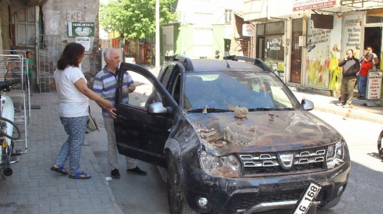 İzmir Valisinden deprem sonrası ilk açıklama