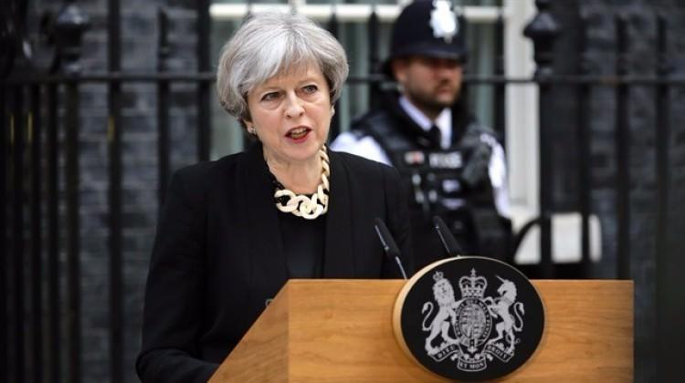İngiltere'nin yeni kabinesi belli oldu!