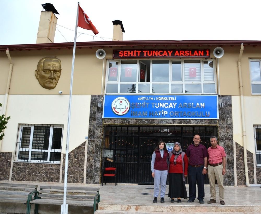 Korkutelili Şehit Arslan'ın ismi imam hatip ortaokuluna verildi