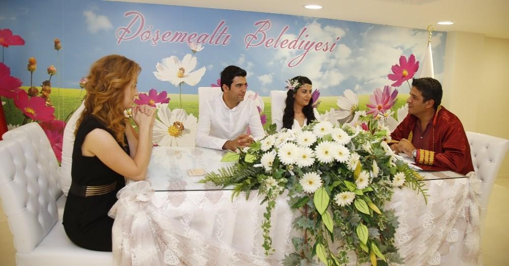 07.07. 2017'nin ilk nikahını Başkan Genç kıydı