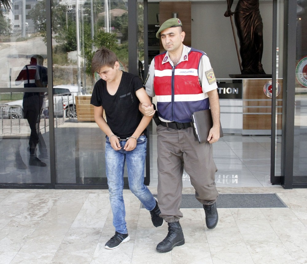 19 yaşındaki cezaevi firarisi yakalandı