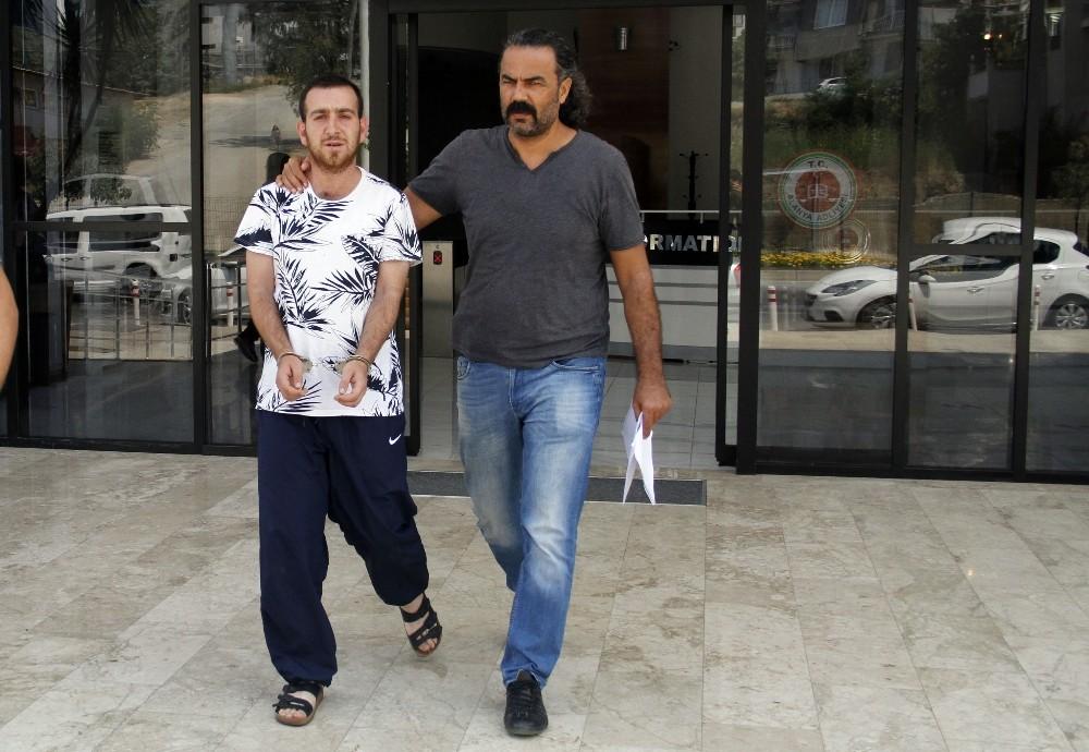 4 yıl hapis cezası ile aranan şahıs Alanya'da yakalandı