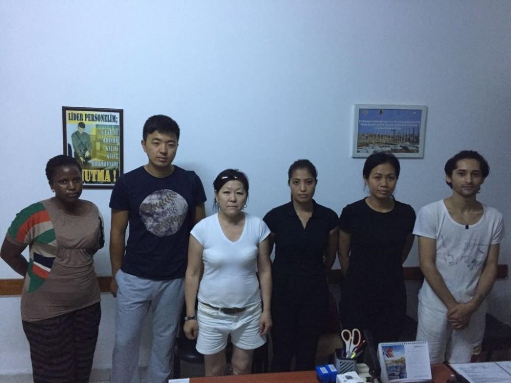 Kaçak işçi operasyonu: 4'ü kadın 6 kişi yakalandı