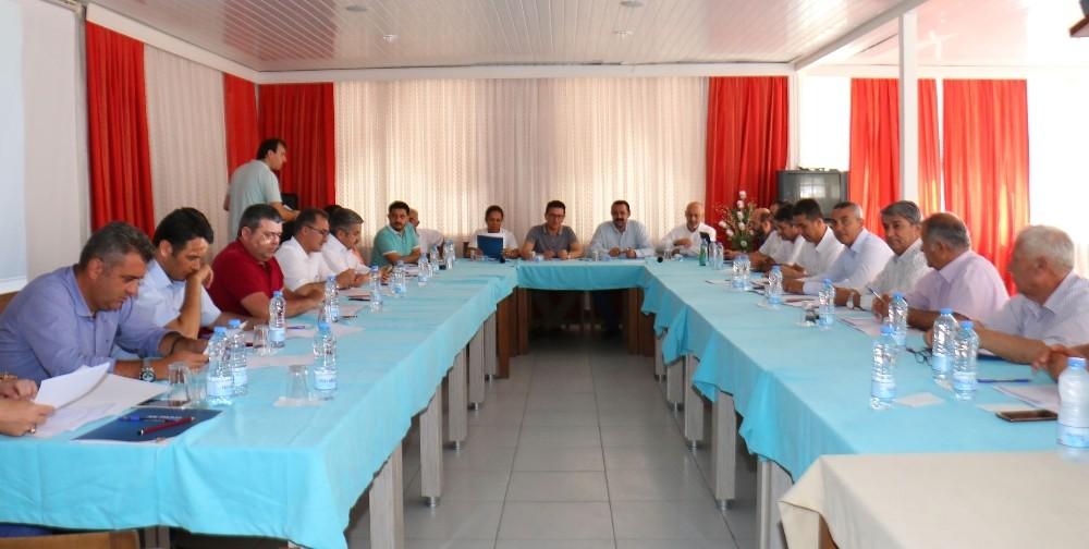 AK Parti Antalya kongrelere hazırlanıyor