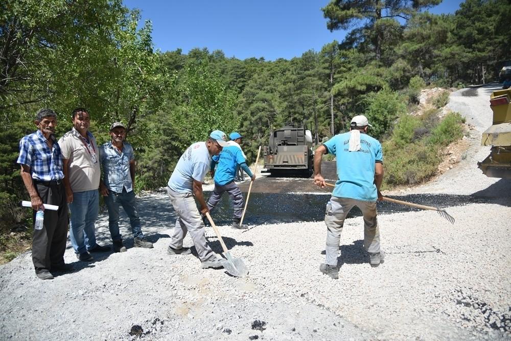 Alanya'da asfalt çalışmaları