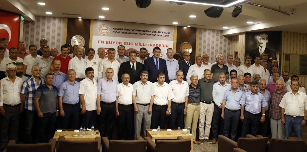 Antalya'da 75 esnaf odası başkanından ortak 15 Temmuz açıklaması