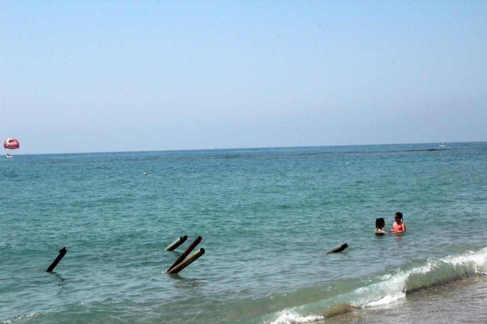 Çamiçi Halk Plajı kaderine terk edildi