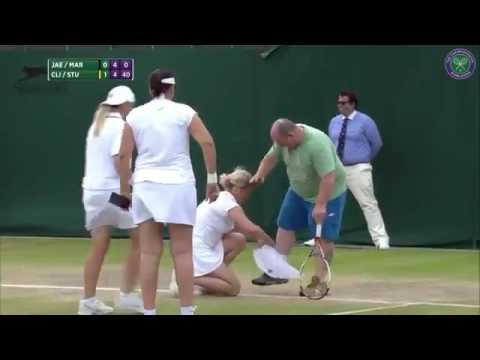 Tenisçi Kim Clijsters, erkek seyirciye eteğini giydirirse