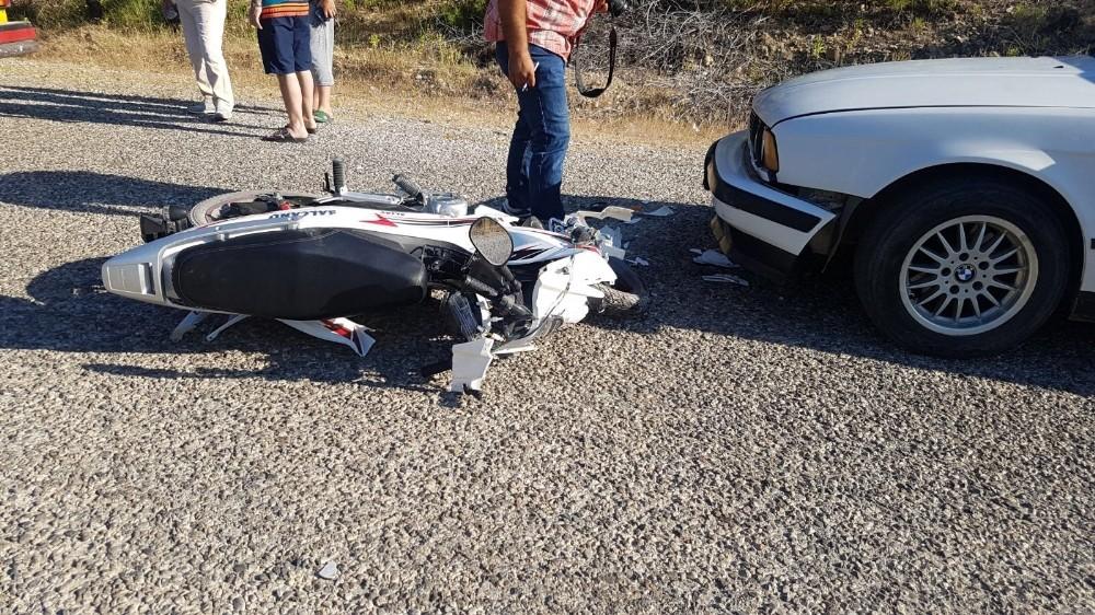 Manavgat 'ta kaza 2 yaralı