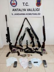 Organize suç örgütlerine yönelik operasyon: 12 gözaltı