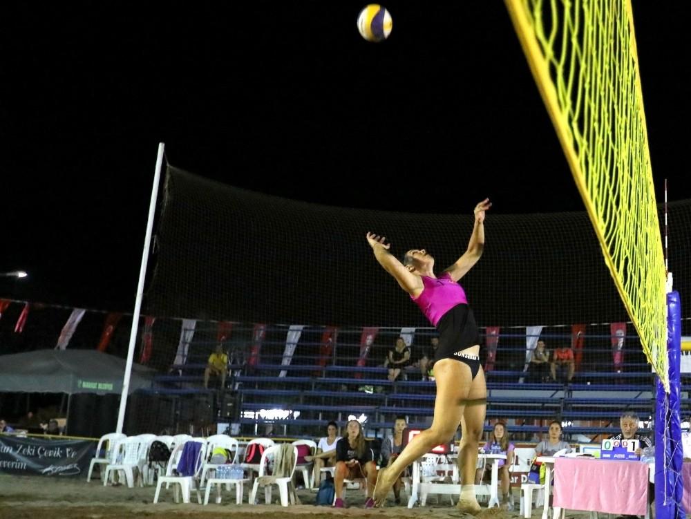 Plaj Voleybolu Turnuvası