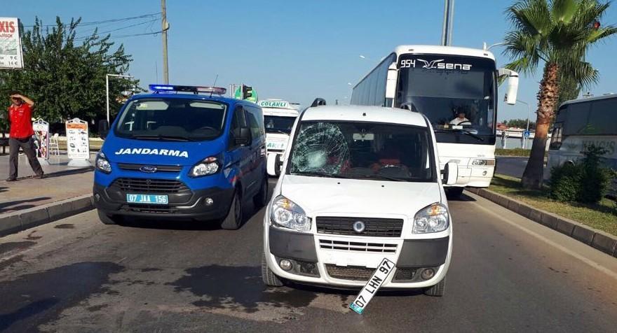 Rus turist kazada yaralandı