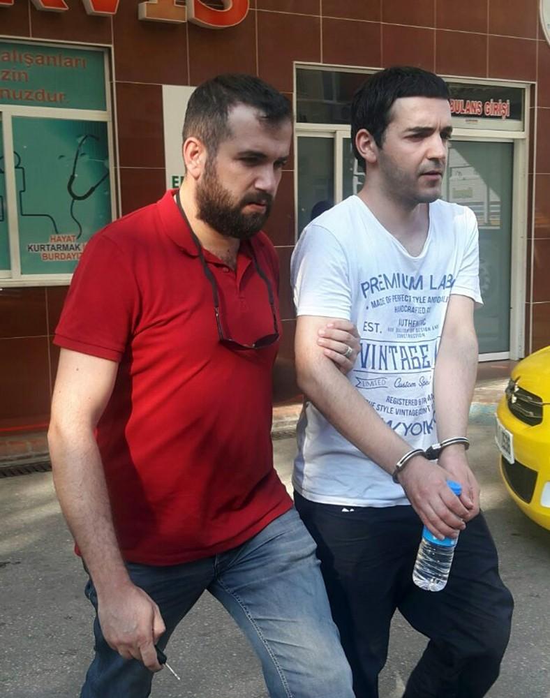 Alanya'da 3 'Bylock' hatlı FETÖ'cü tutuklandı