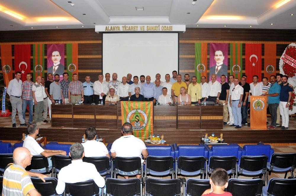 Alanyaspor'da genel kurulu yapıldı