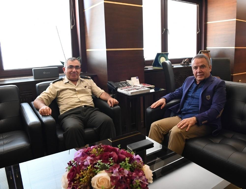 Antalya il jandarma komutanı Yıldız görevine başladı