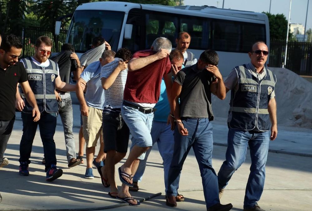 Antalya'da fuhuş operasyonuna 6 tutuklama