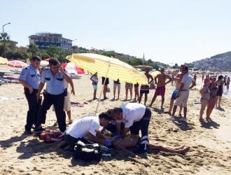Antalya'da serinlemek için denize giren Rus turist boğuldu