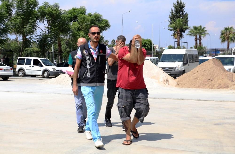 Antalya'da uyuşturucu operasyonu: 2 gözaltı
