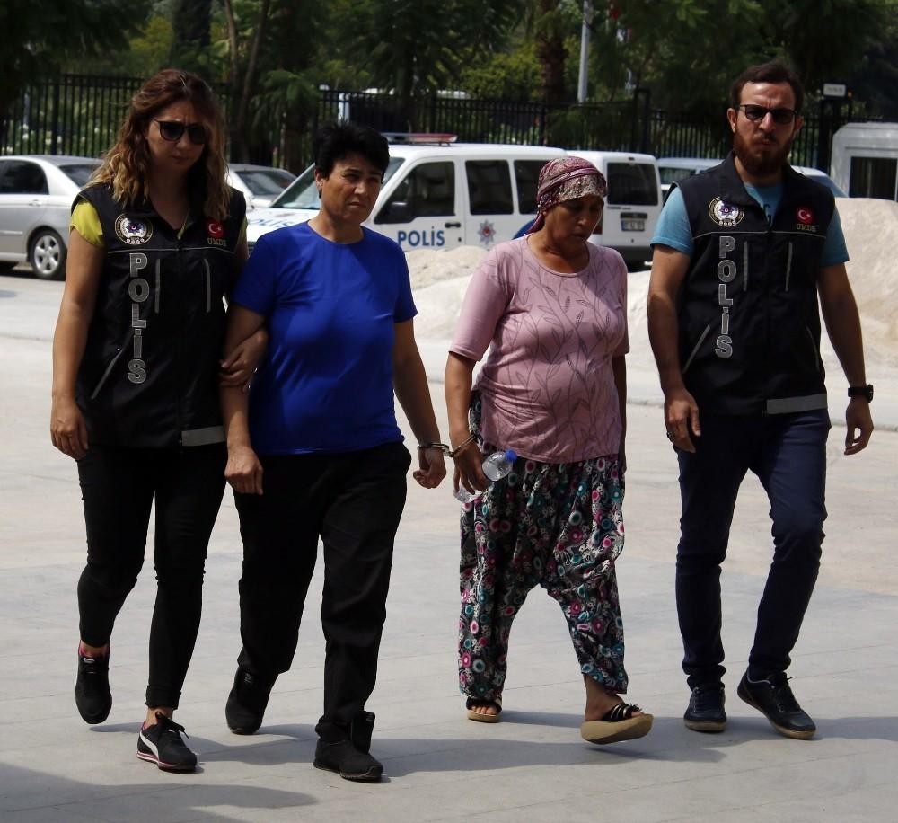 Antalya'da yakalanan uyuşturucu kuryesi şok etti