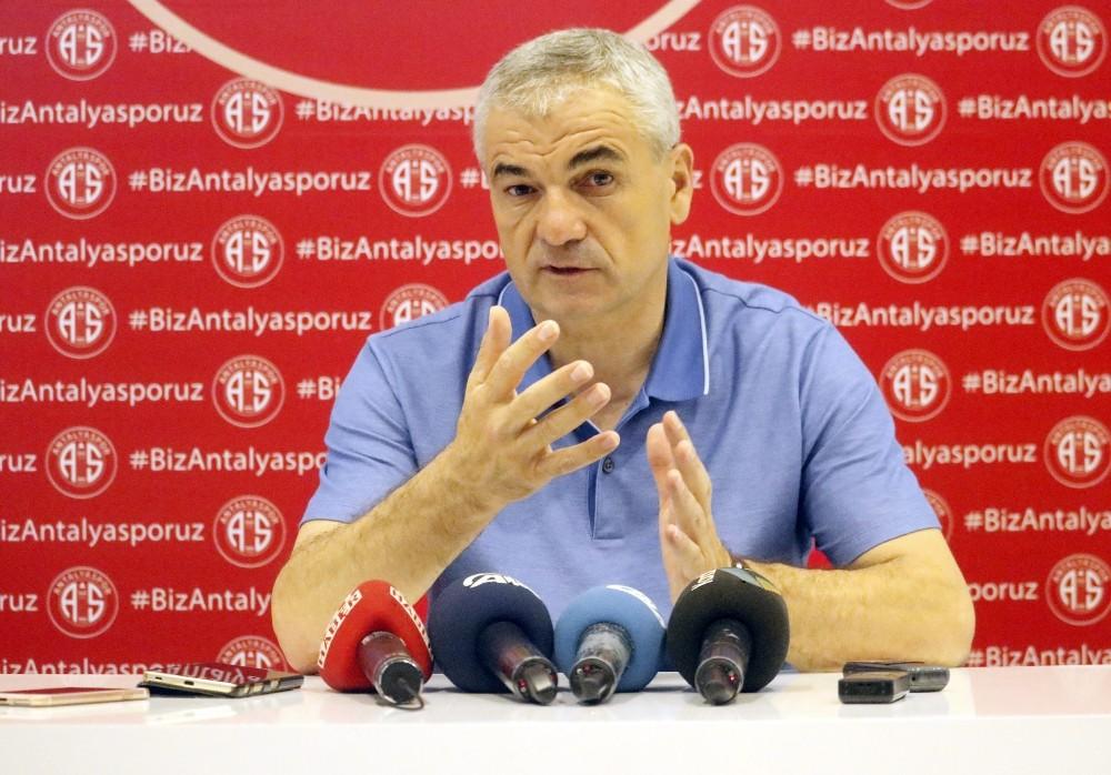 """Çalımbay: """"Eto'o ile Fenerbahçe olayı vardı ama kapandı"""""""