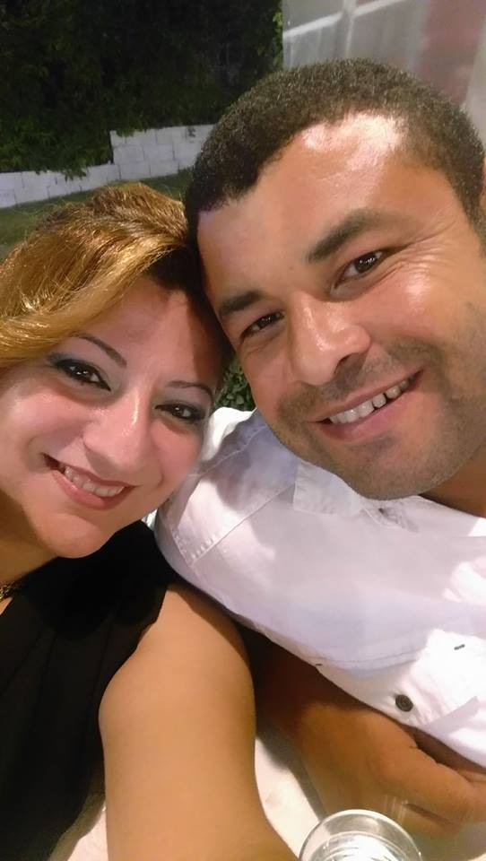 Evlilik yıl dönümünde hesap öderken ölen koca toprağa verildi