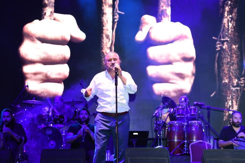 Feslikan Yaylası'nda iki isimden konser