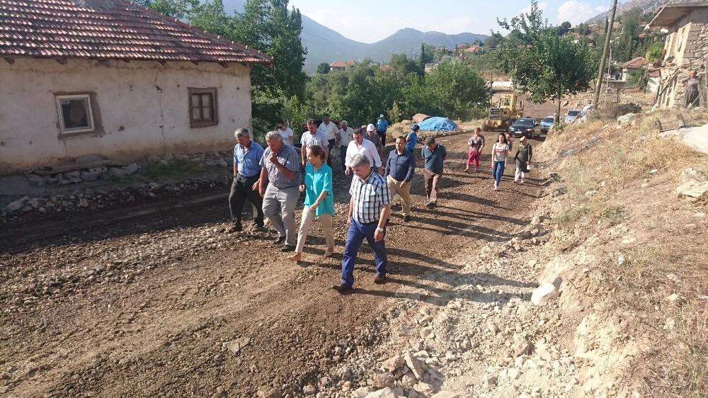 Milletvekili Enç, Antalya'da 13 bin 650 km yol gitti