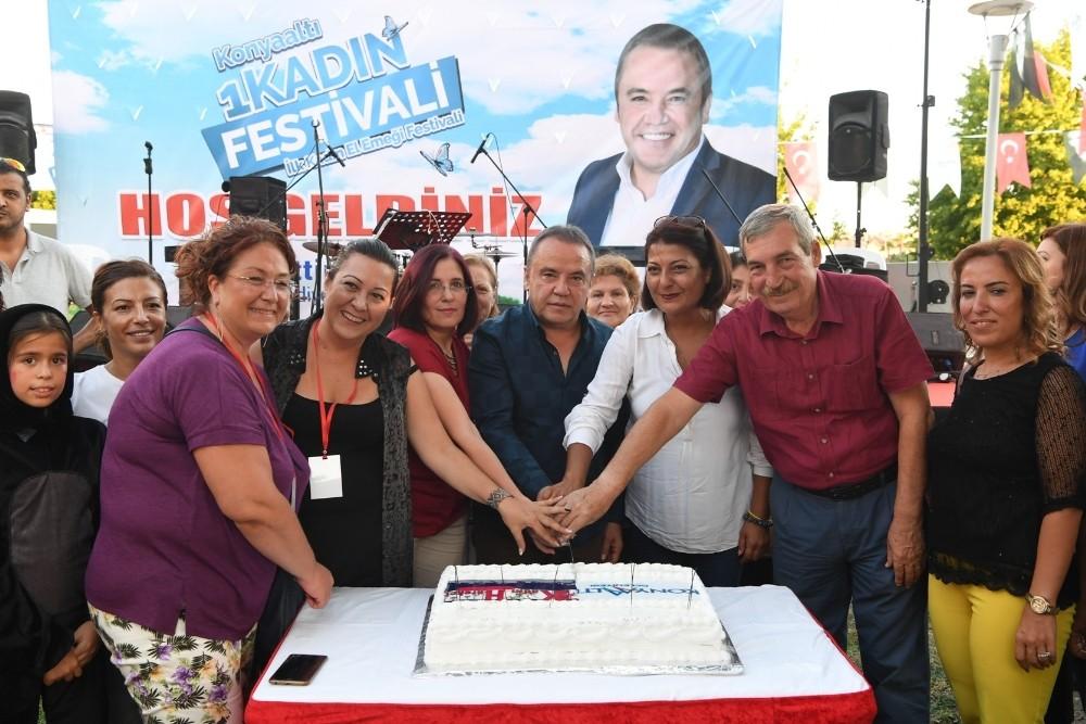 1. Kadın Festivali KOSHİM'de açıldı
