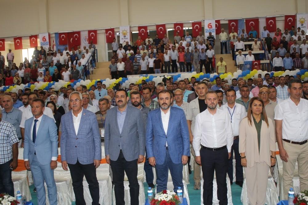 AK Parti Genel Başkan Yardımcısı Mahir Ünal:Dün kitap kalem bulunamazken