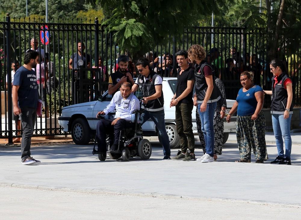 Akülü engelli aracı içerisinden 13 kilogram esrar çıktı