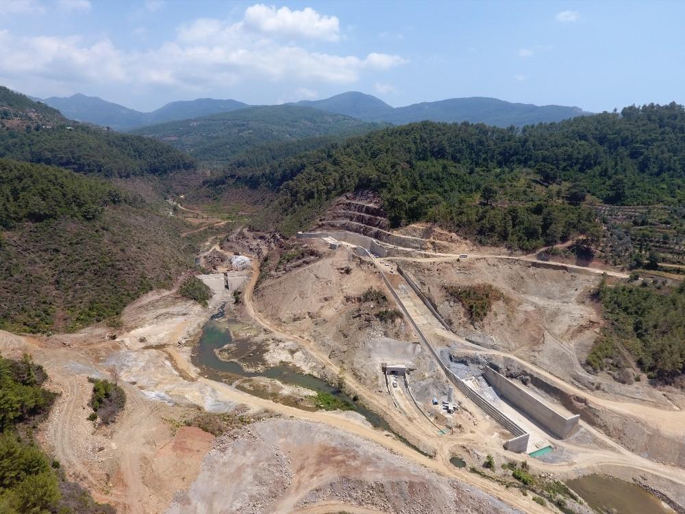 Alanya Yeniköy Barajı'nda çalışmalar sürüyor