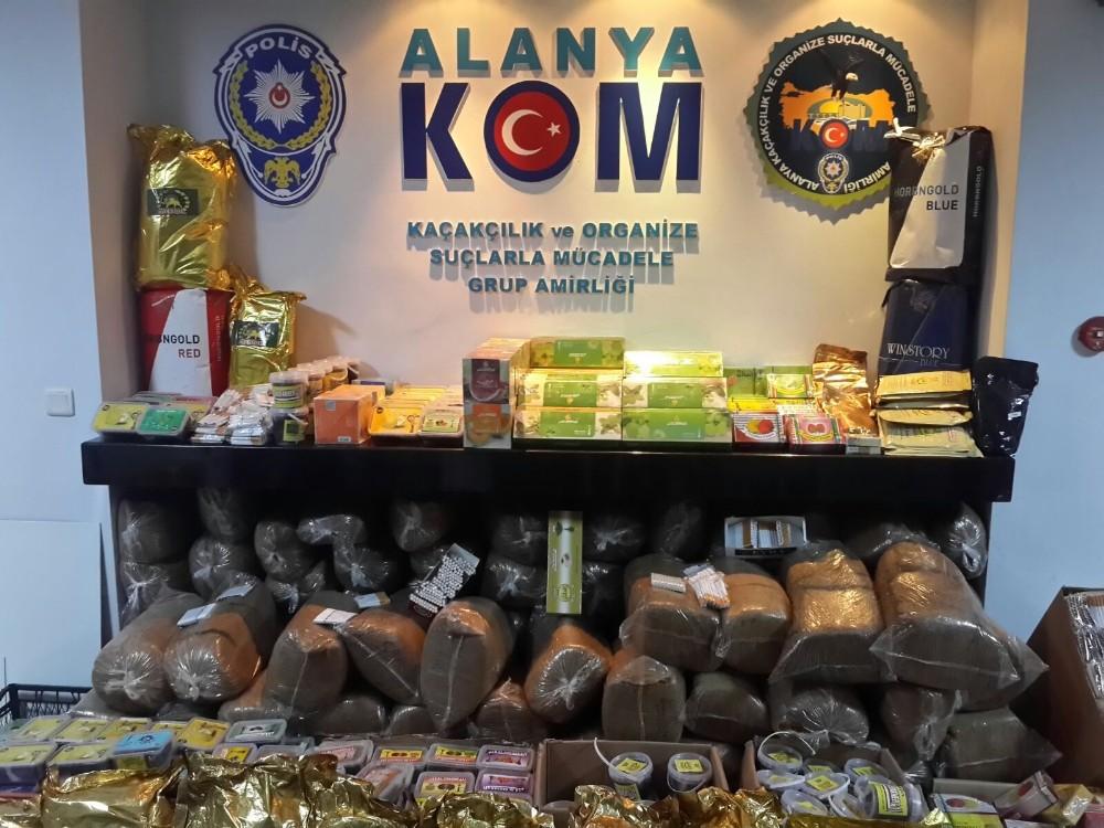 Alanya'da 1 ton 25 kilo kaçak tütün ele geçirildi