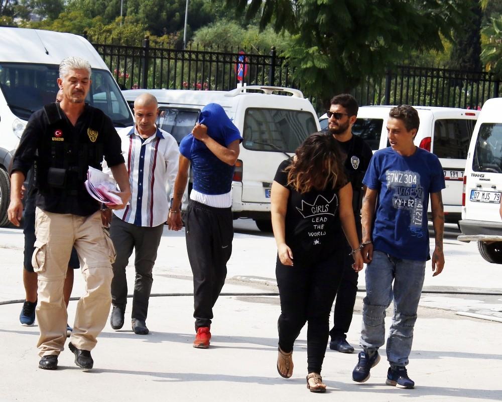 Muratpaşa'da uyuşturucu operasyonu: 6 gözaltı