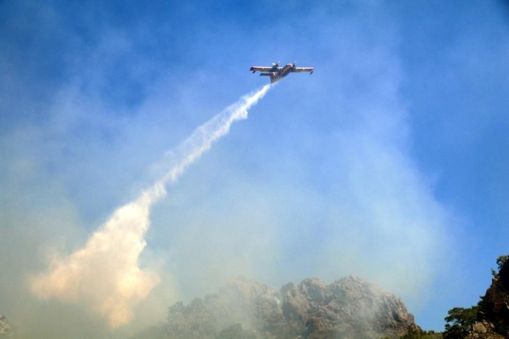Aksu'daki yangın 34 saattir devam ediyor