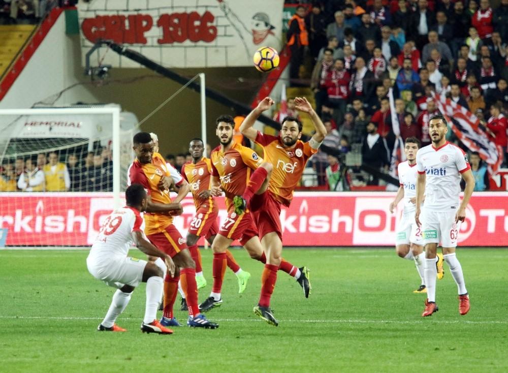 Antalyaspor ile Galatasaray 53. randevuda