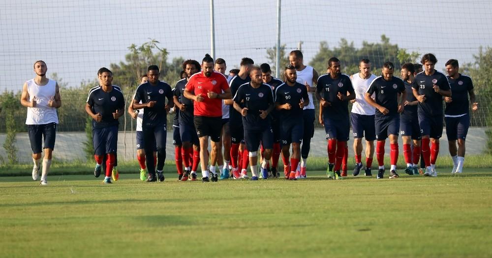 Antalyaspor'da Galatasaray maçının hazırlıkları devam ediyor