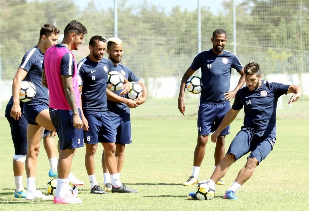 Antalyaspor'da Osmanlıspor hazırlıkları sürüyor