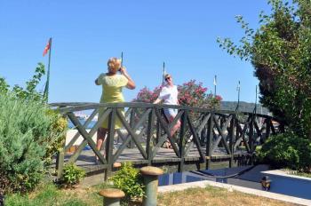 Kemer'de köprüler yenileniyor