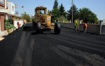 Kepez'de 3 mahalleye yeni asfalt