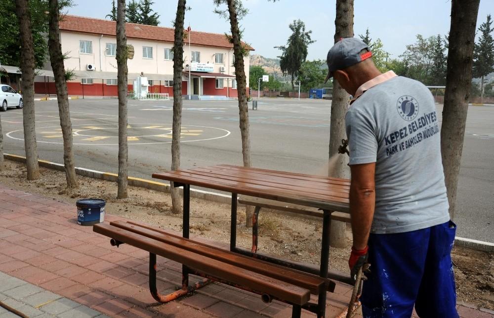 Kepez'in okulları yeni sezona hazırlanıyor