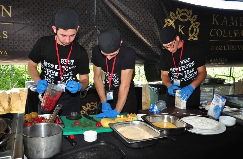 Meslek lisesi öğrencileri Avrupa lezzetleri için yarıştı