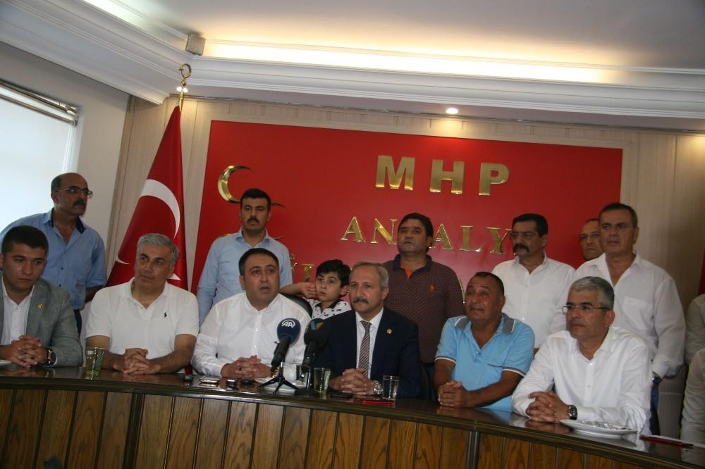 MHP Antalya İl Başkanlığı'nda bayramlaşma