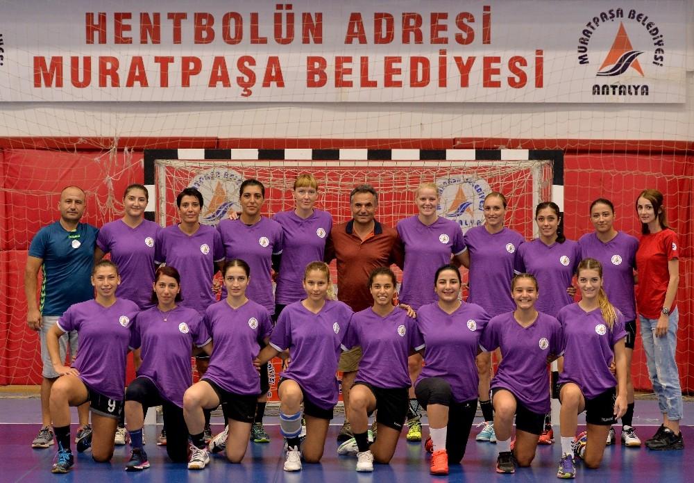 Muratpaşa sezonu İstanbul'da açıyor