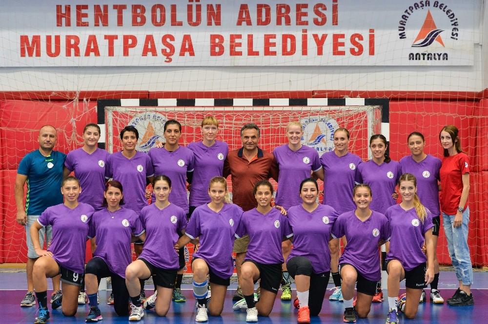 Muratpaşa tur için İzmir'de