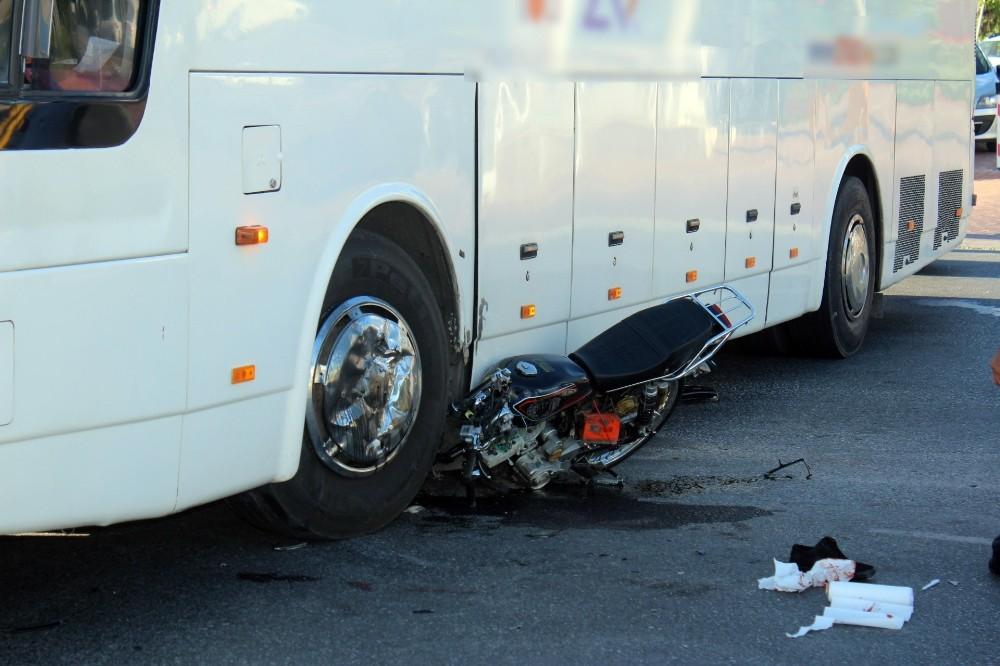 Tur otobüsünün dikkatsizliği faciaya neden oluyordu