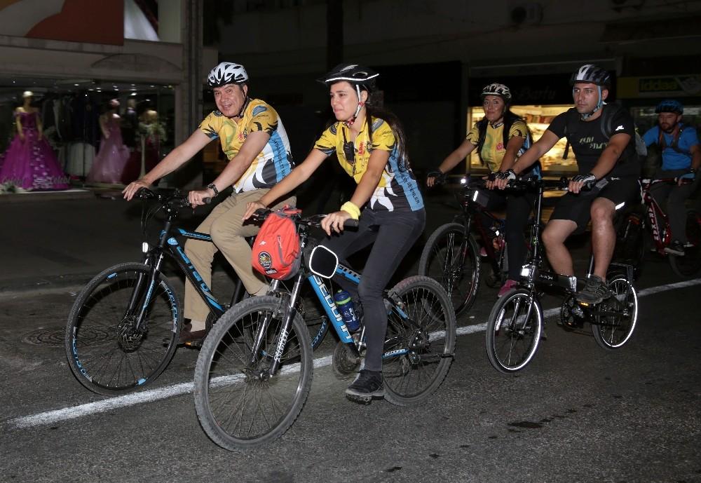 Türel bisikletçilerle pedal çevirdi