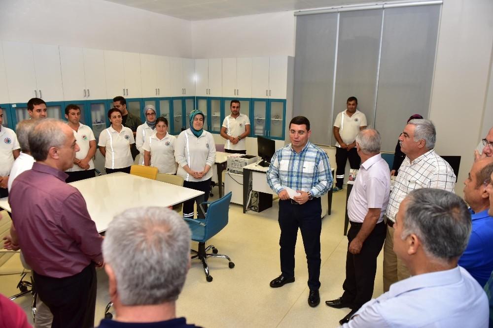 Tütüncü, Belediye Sağlık Merkezi'ni tanıttı