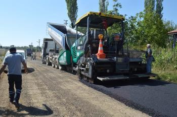 Yeşilyayla'ya sıcak asfalt